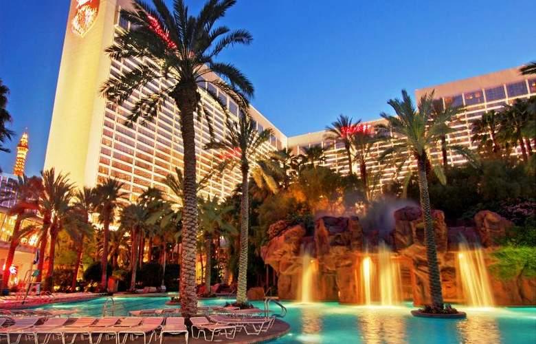 Flamingo Las Vegas - Pool - 17