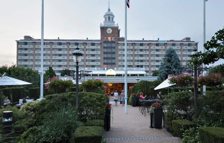 The Garden City Hotel - Hotel - 0