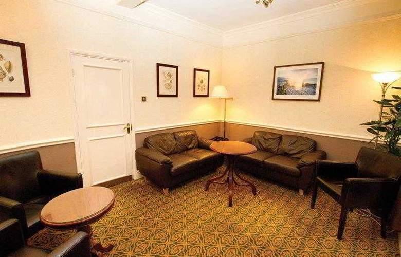 Best Western Angel & Royal Hotel - Hotel - 2
