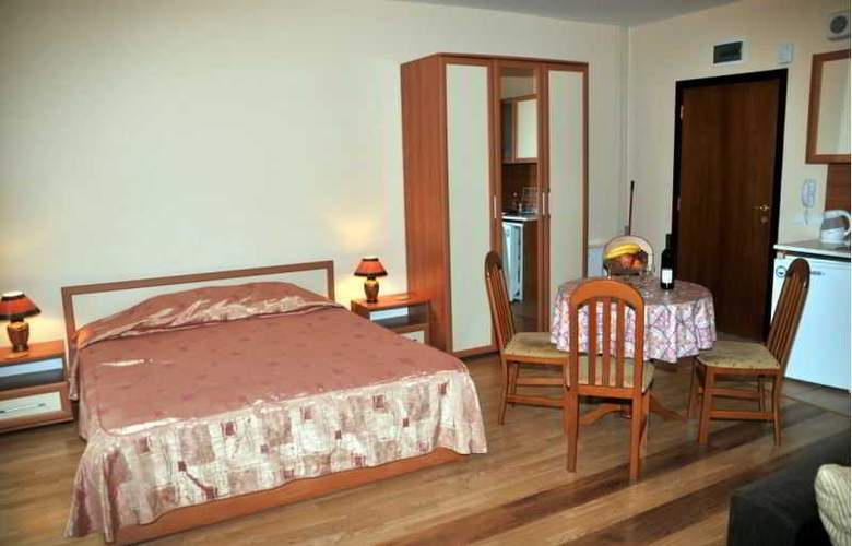 Tes Flora Apartments - Room - 4
