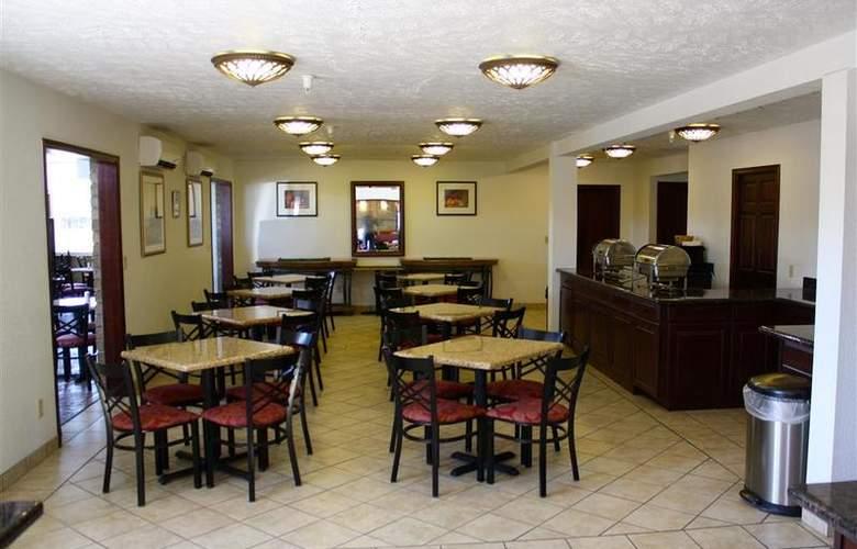 Best Western Plus Ahtanum Inn - Restaurant - 119