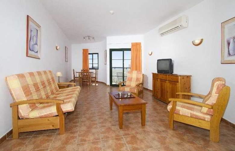 Las Colinas - Room - 3