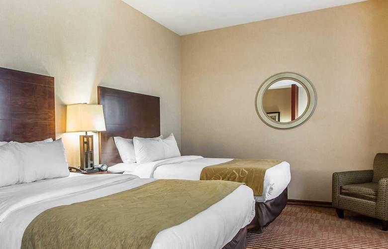 Comfort Suites - Room - 14