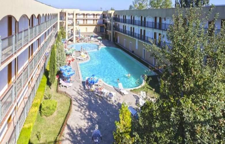 Amfora Beach - Hotel - 0