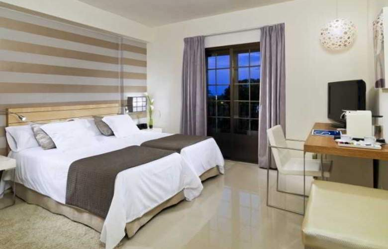 H10 Andalucia Plaza  - Room - 11