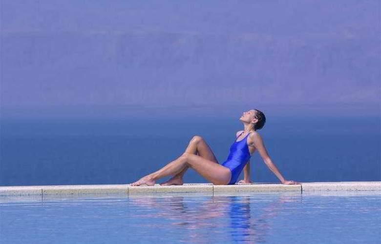 Jordan Valley Marriott Resort & Spa - Pool - 6
