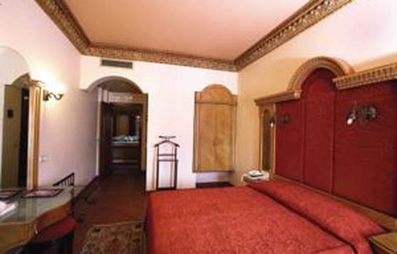 Hotel Sultanahmet Palace - Room - 10
