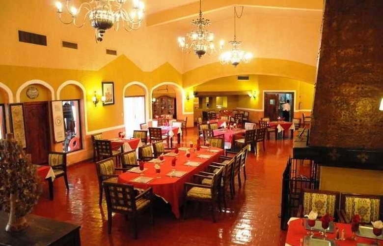 Villas Arqueologicas Cholula - Restaurant - 5