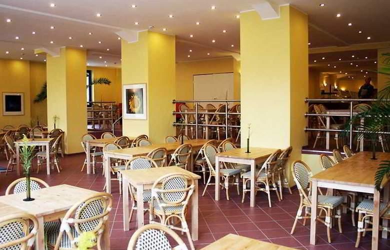 A&O City Hauptbahnhof Hamburg - Restaurant - 9