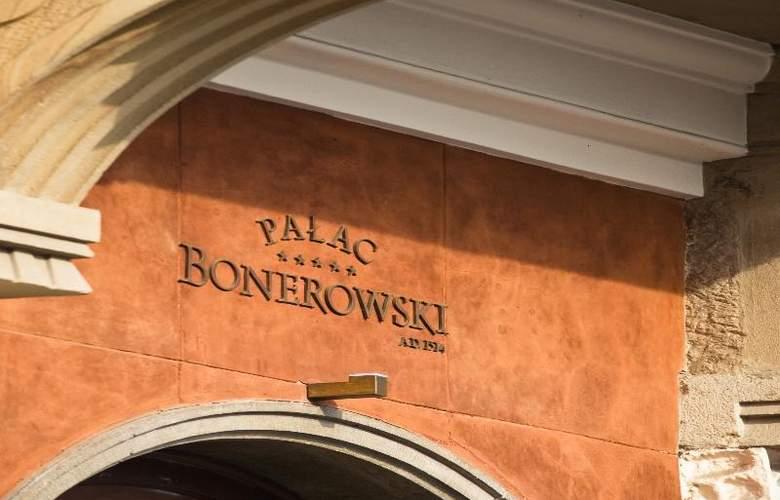 The Bonerowski Palace - Hotel - 8