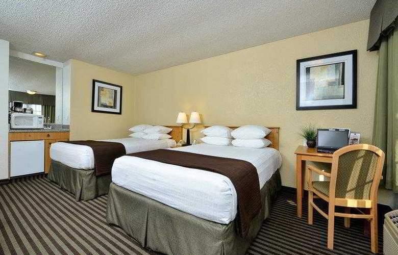 Best Western Americana Inn - Hotel - 17