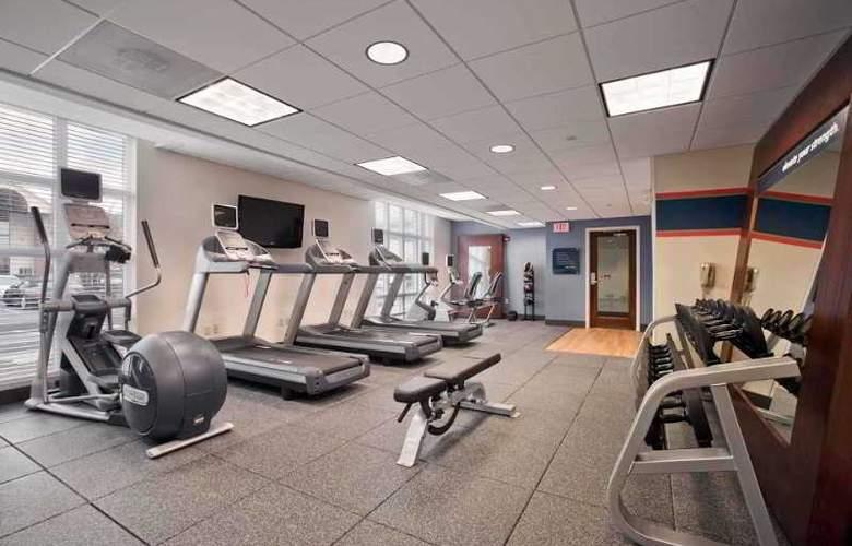 Hampton Inn & Suites Providence Warwick-Airport - Sport - 12
