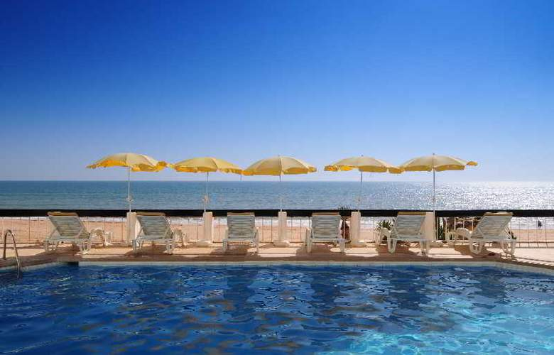 Holiday Inn Algarve - Pool - 13