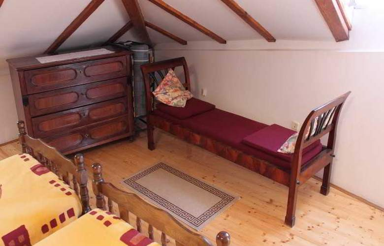 Vesna - Room - 6