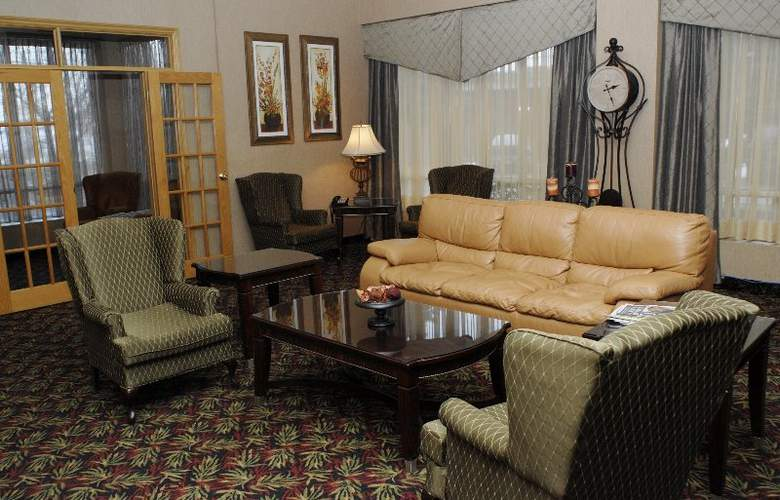 Quality Hotel & Suites Toronto Airport East - Hotel - 0