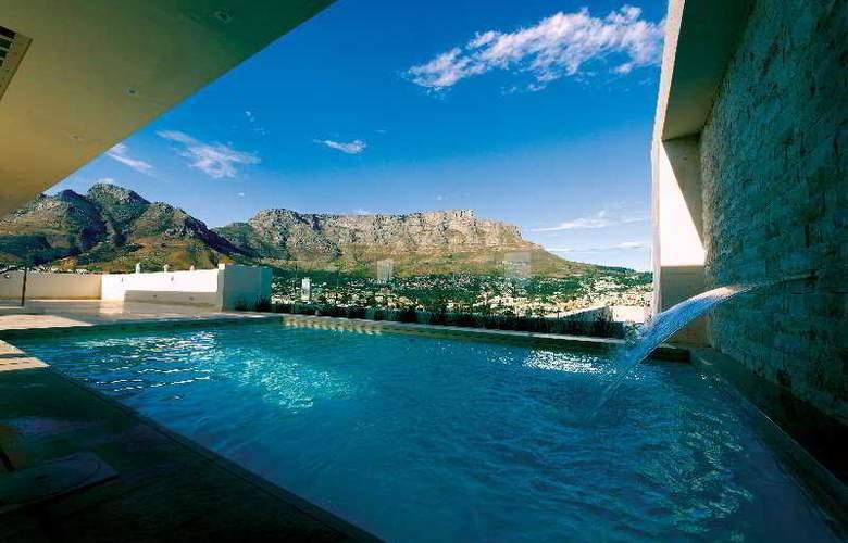 Pepper Club Luxury Hotel & SPA - Pool - 2