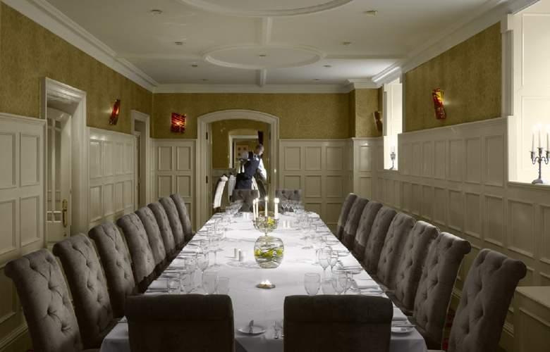 Radisson Blu St. Helen's Hotel Dublin - Restaurant - 6