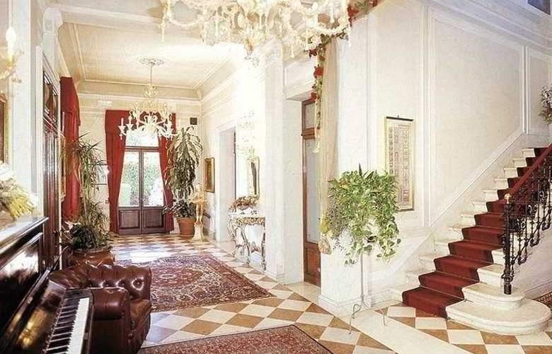 Villa Stucky - General - 1