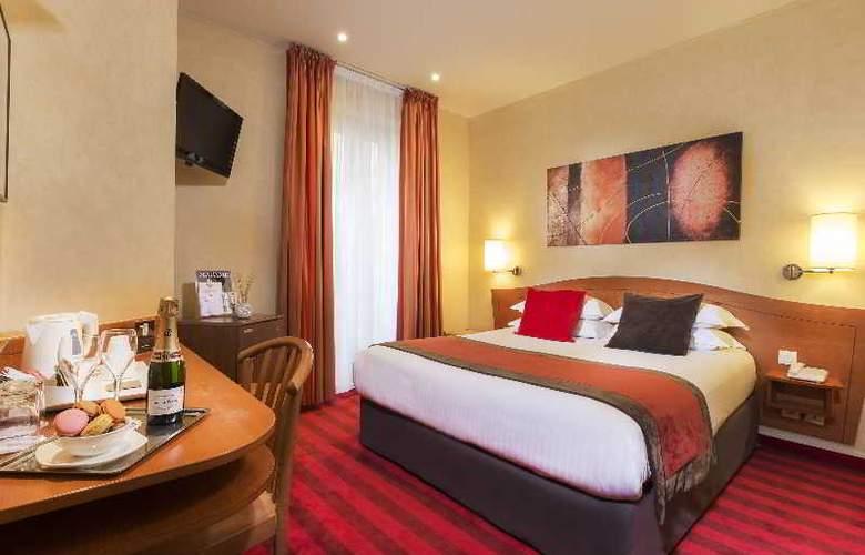 Europe Paris - Room - 12