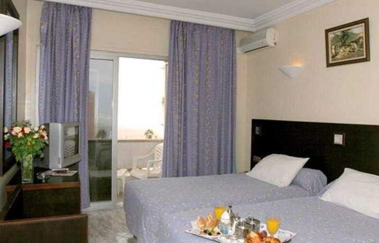 De La Corniche - Room - 2