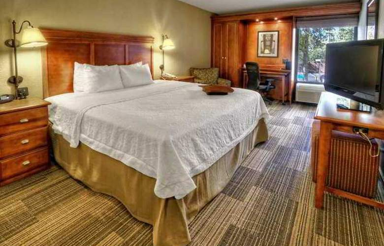 Hampton Inn Memphis-Poplar - Hotel - 1
