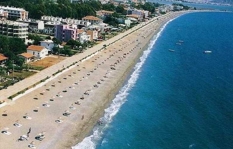 Mendos Hotel - Beach - 4