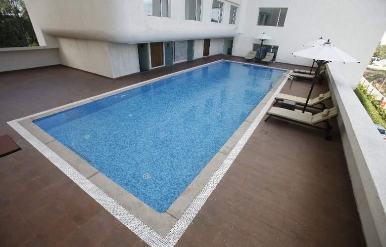 Keys Hotels Whitefield Bengaluru - Pool - 7