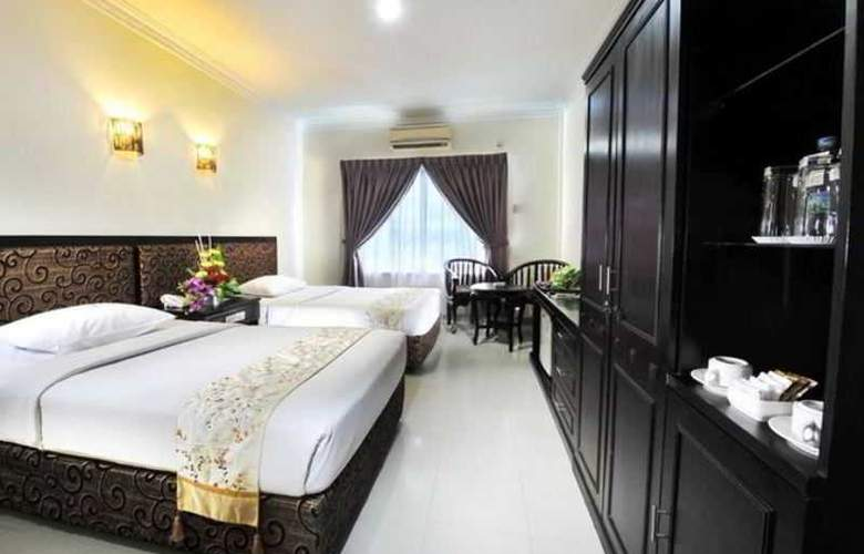 Gaja Hotel Pekanbaru - Room - 6