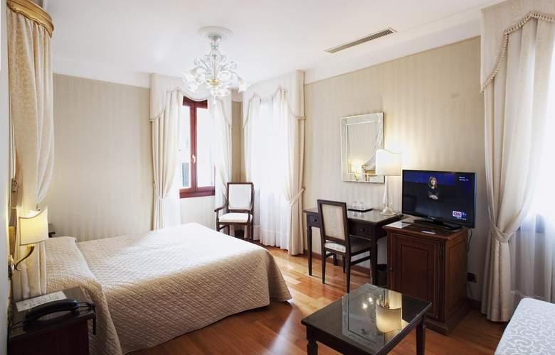 Ca' d'Oro - Room - 2