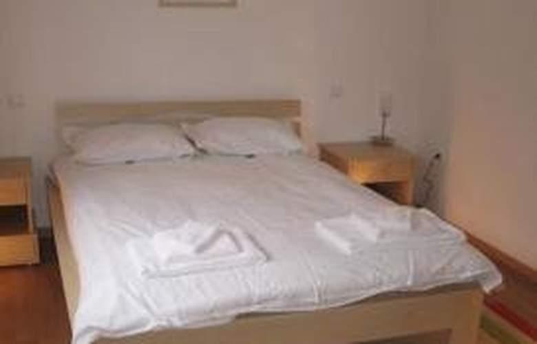 Winslow Residence - Room - 7