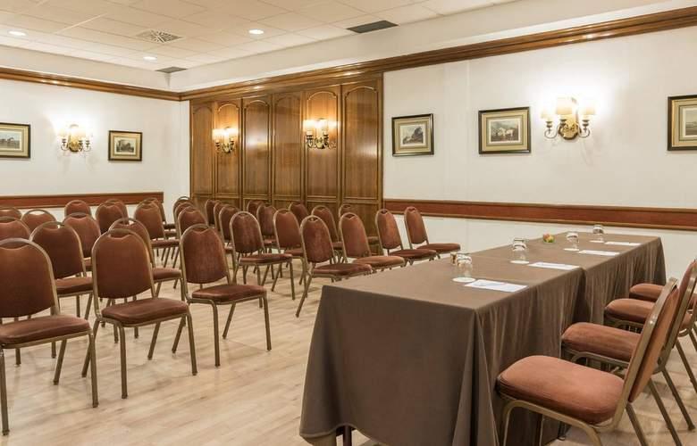 Ilunion Romareda - Conference - 13