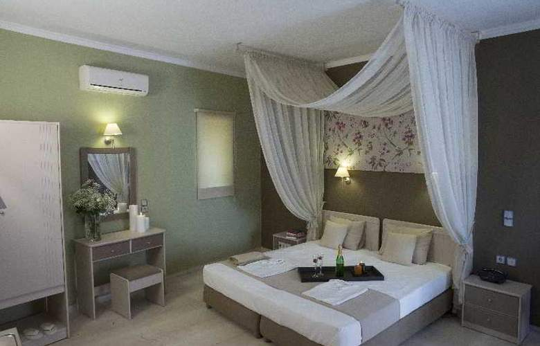 Elia Stalos Apartments - Room - 1