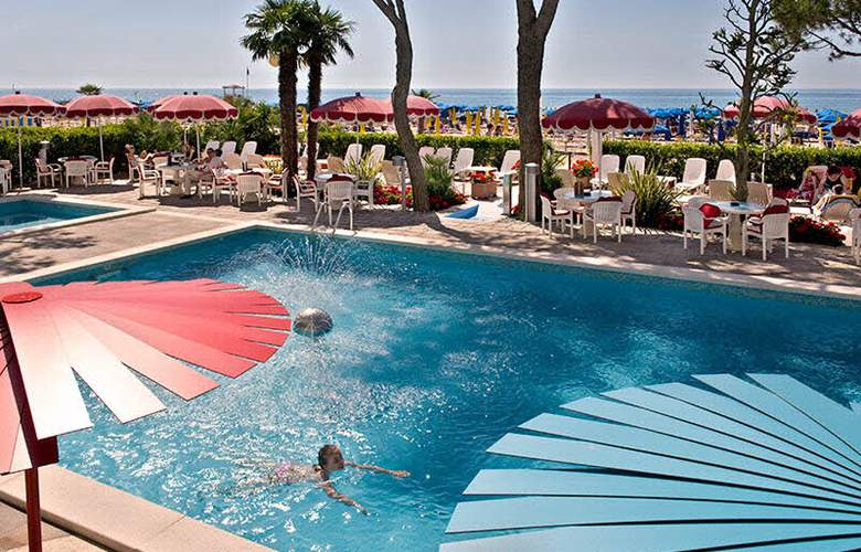 Termini Beach Hotel & Suite - Pool - 2