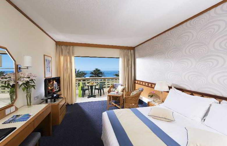 Constantinou Bros Athena Beach Hotel - Room - 2