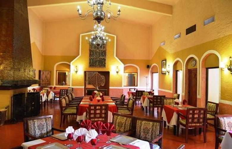 Villas Arqueologicas Cholula - Restaurant - 39