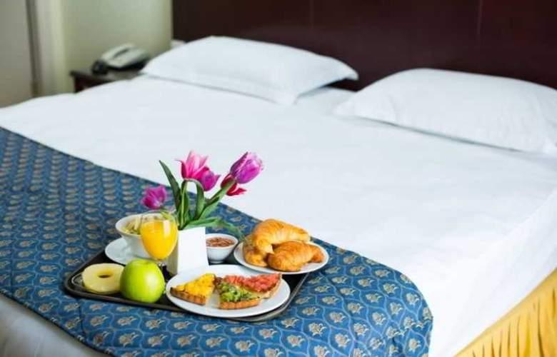 Europe Hotel - Room - 6