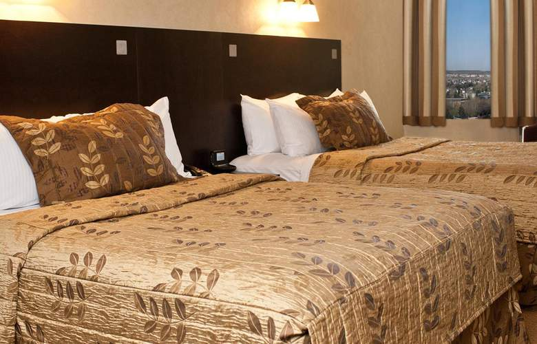 Fantasyland Hotel - Room - 7