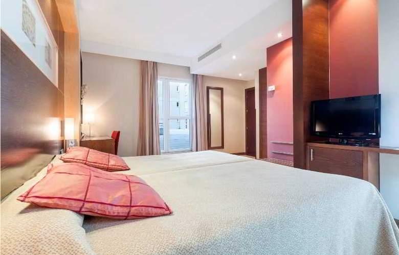 Eurostars Leon - Room - 12