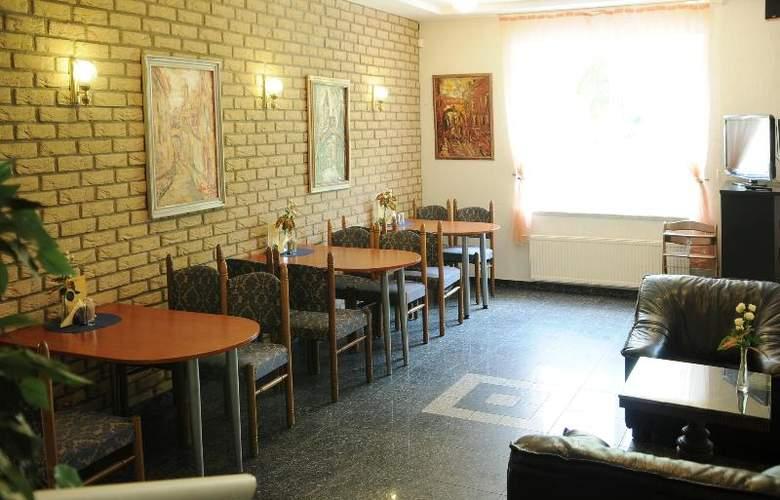 Amicus Hotel - Restaurant - 18
