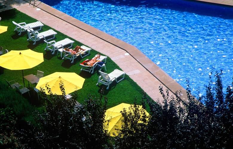 Apartamentos Pessets - Hotel - 5