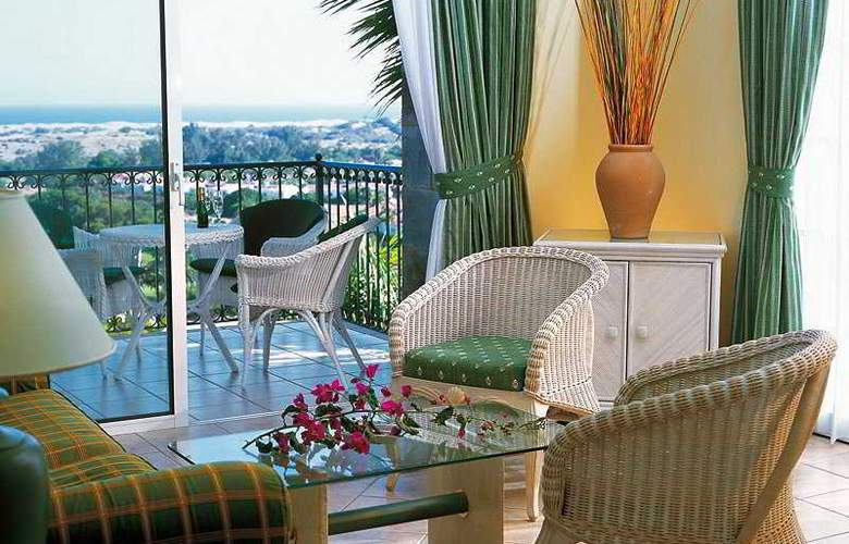 Vital Suites Residencia Salud & Spa - Room - 4