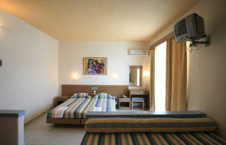 Irinna - Room - 5