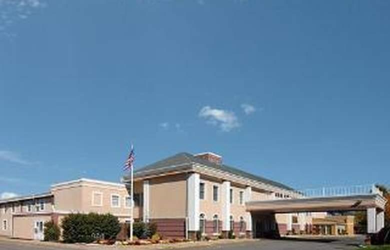 Clarion Hotel Palmer Inn - General - 1