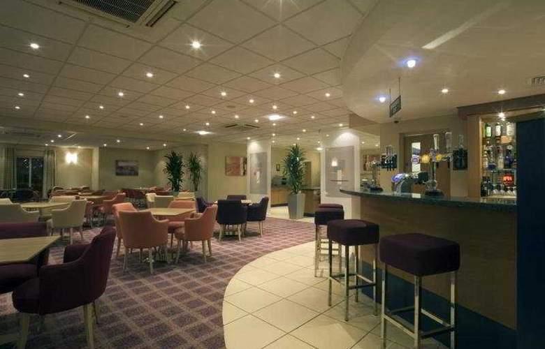 Holiday Inn Express Bristol City Centre - Bar - 3