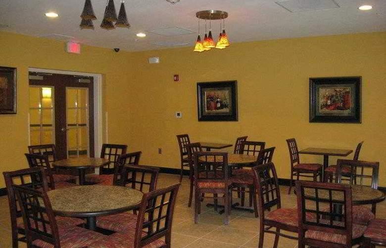 Best Western Plus Cecil Field Inn & Suites - Hotel - 9