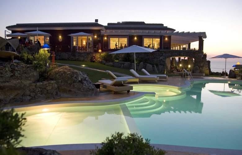 Bajaloglia Resort - Hotel - 0
