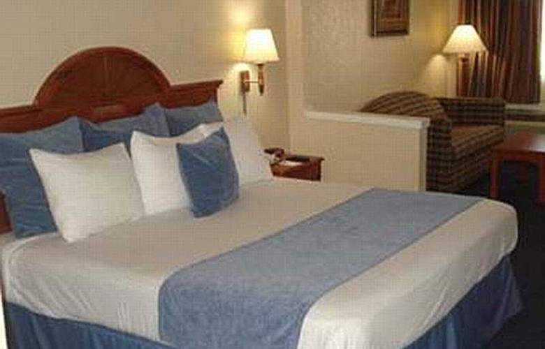 Howard Johnson Suites Hobby Airport - Room - 2
