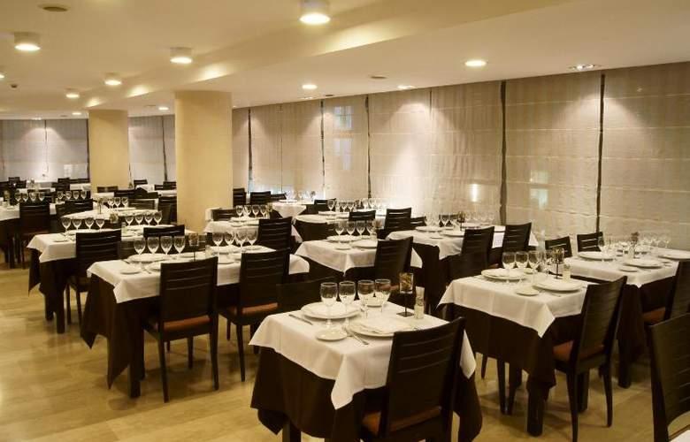 Centric Atiram - Restaurant - 19