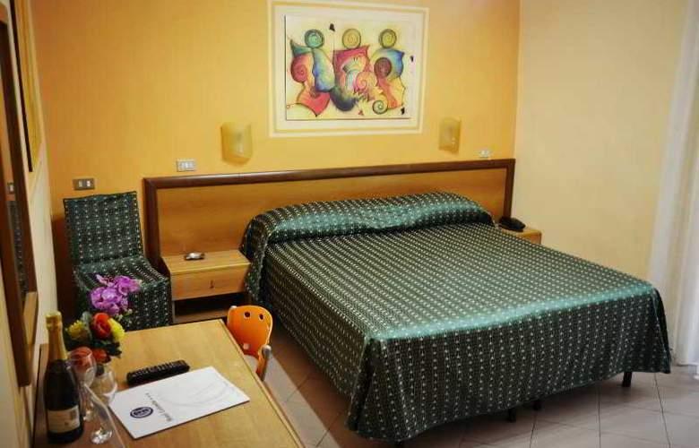 Colombo - Room - 18
