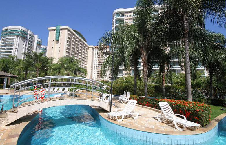 Promenade Barra First - Pool - 3